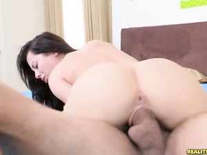 Flexible Young Lady Takes A Big Cock Hardcore Fucking