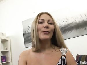 Cocks Fill The Holes Of The Curvy Young Blonde