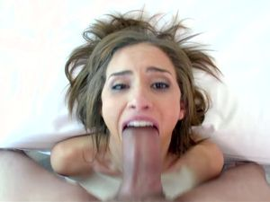 Cum Shot After a Sloppy Blowjob And Pussy Pounding