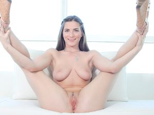 Busty And Beautiful Girl Next Door Fucks A Casting Agent