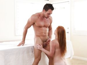 Facial Cumshot For Perfect Redhead Alex Tanner