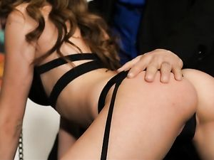 Kinky Girl On A Leash Submits To His Hardcore Lust