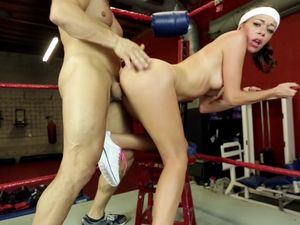 Boxing Instructor Gets A Lovely Blowjob